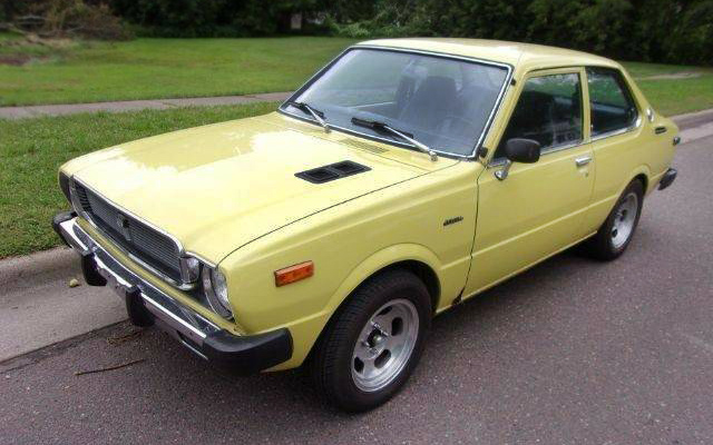 yellow fever 1975 toyota corolla. Black Bedroom Furniture Sets. Home Design Ideas