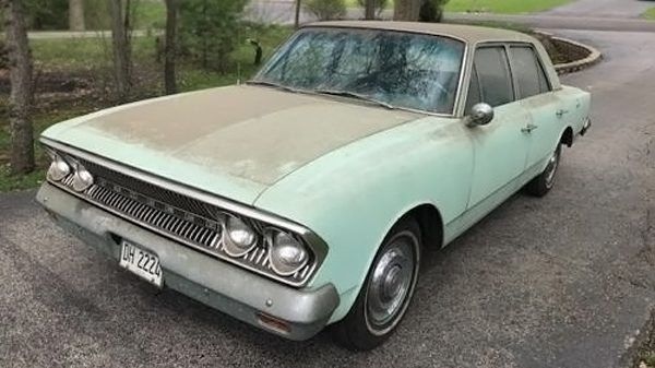 Dusty Gold: 1963 AMC Rambler Classic 550