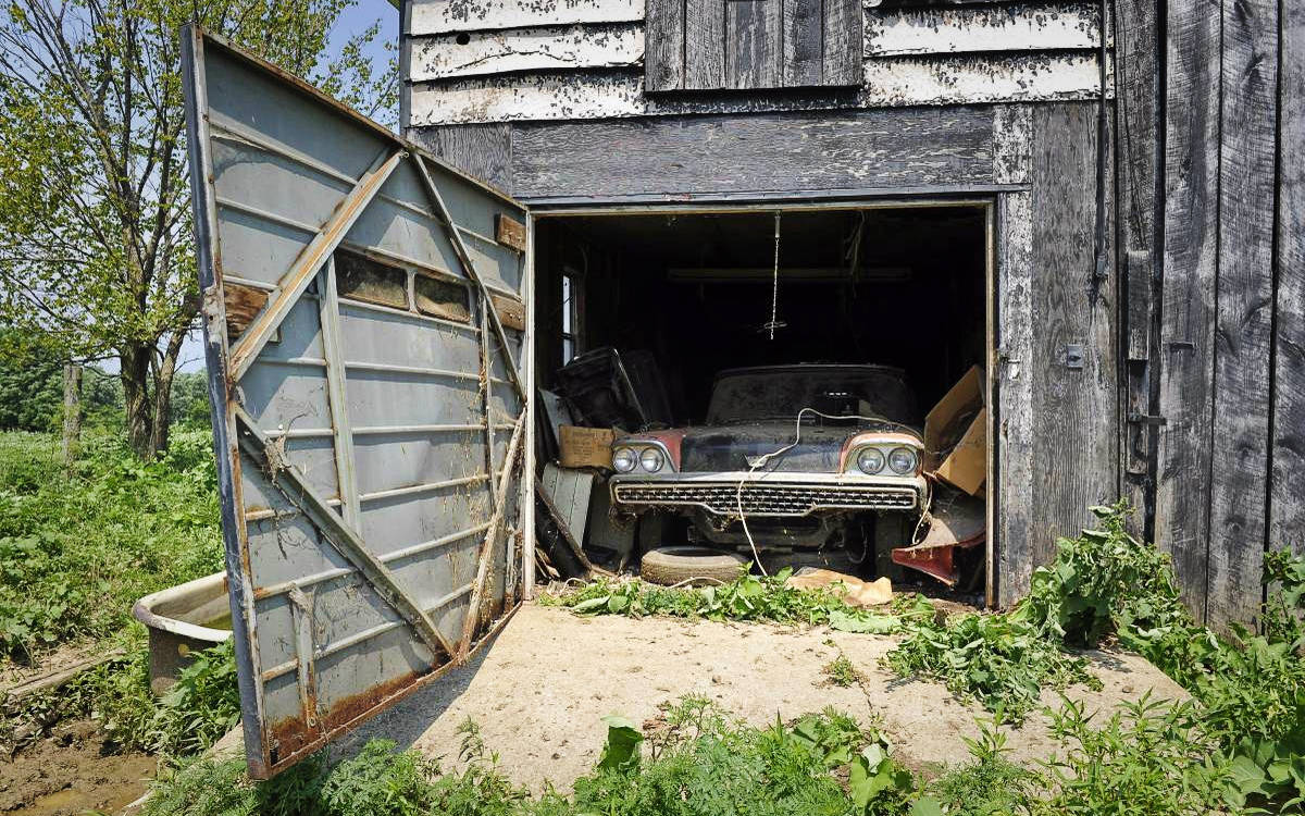 One Owner Barn Find: 1959 Ford Galaxie Skyliner