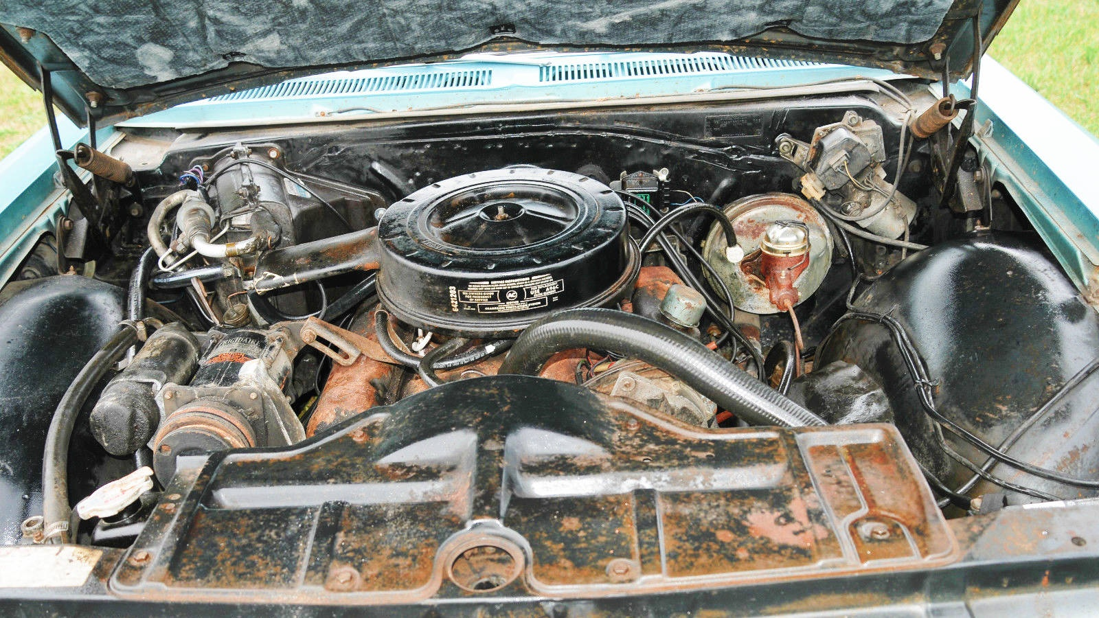 Big survivor 1966 pontiac catalina with 61k miles on the odometer this car should have lots of life left in it the 389 is the 2 barrel base engine and is mated to the turbomatic publicscrutiny Images