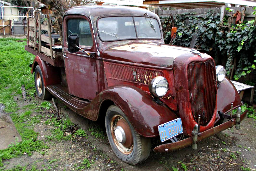 parked 43 years 1937 ford pickup. Black Bedroom Furniture Sets. Home Design Ideas