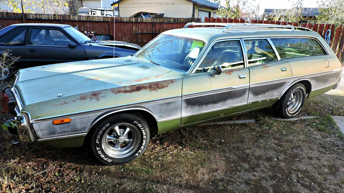 Big Heart Hauler 1973 Dodge Coronet Crestwood