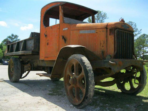 Chain Smoker: 1923 International Dump Truck