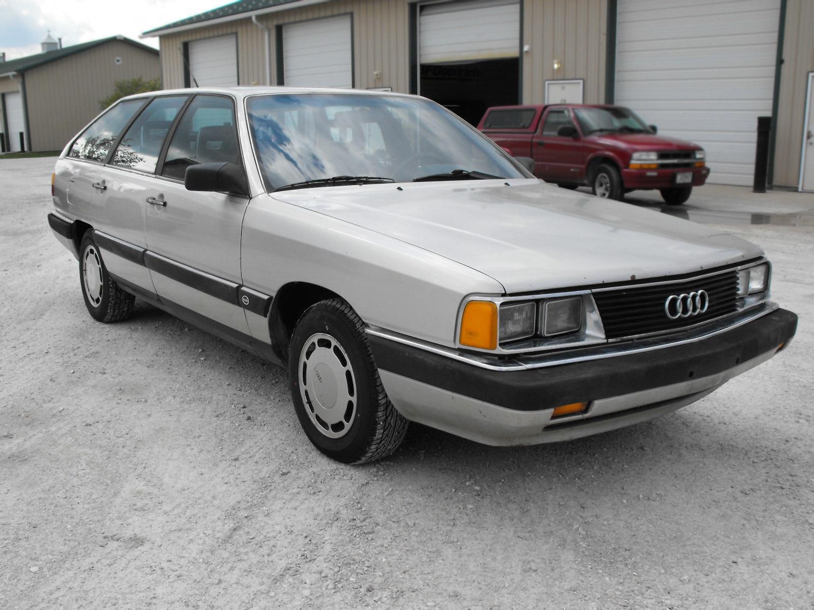 5-Sd Wagon: 1985 Audi 5000 S