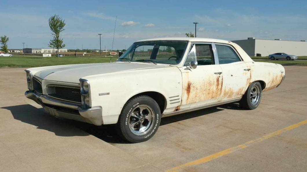 Chrysler Town And Country For Sale >> Family Cruiser: 1966 Pontiac Tempest