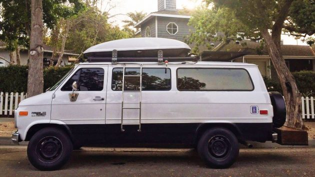 Go Anywhere Camper: 1995 GMC Rally Wagon