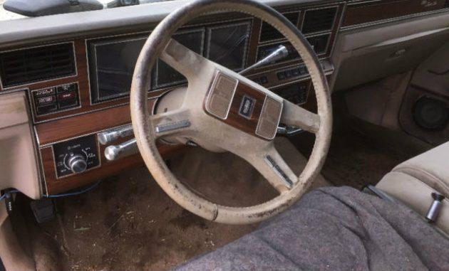 land barge rescue 1988 lincoln town car. Black Bedroom Furniture Sets. Home Design Ideas
