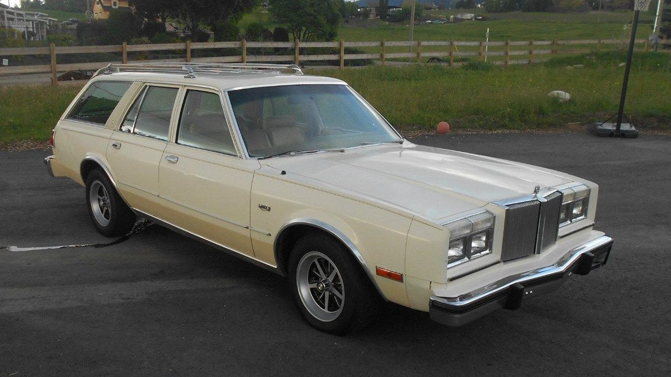 Cheap Classic 1980 Chrysler Lebaron Wagon