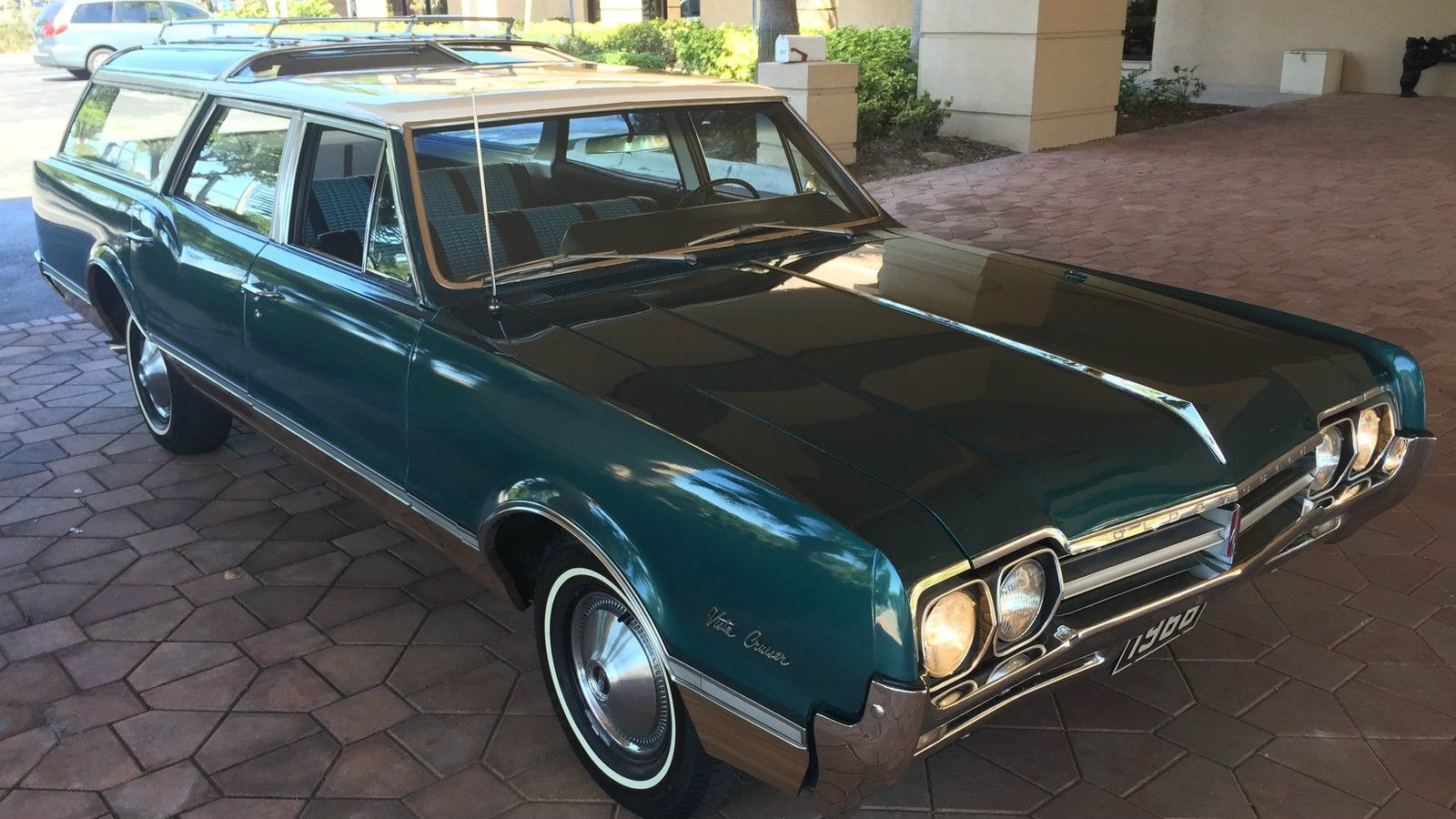 Where Are They Coming From 1966 Olds Vista Cruiser