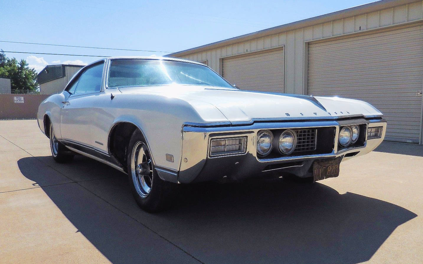 Cheap Cars For Sale >> Black Plate Barn Find: 1968 Buick Riviera