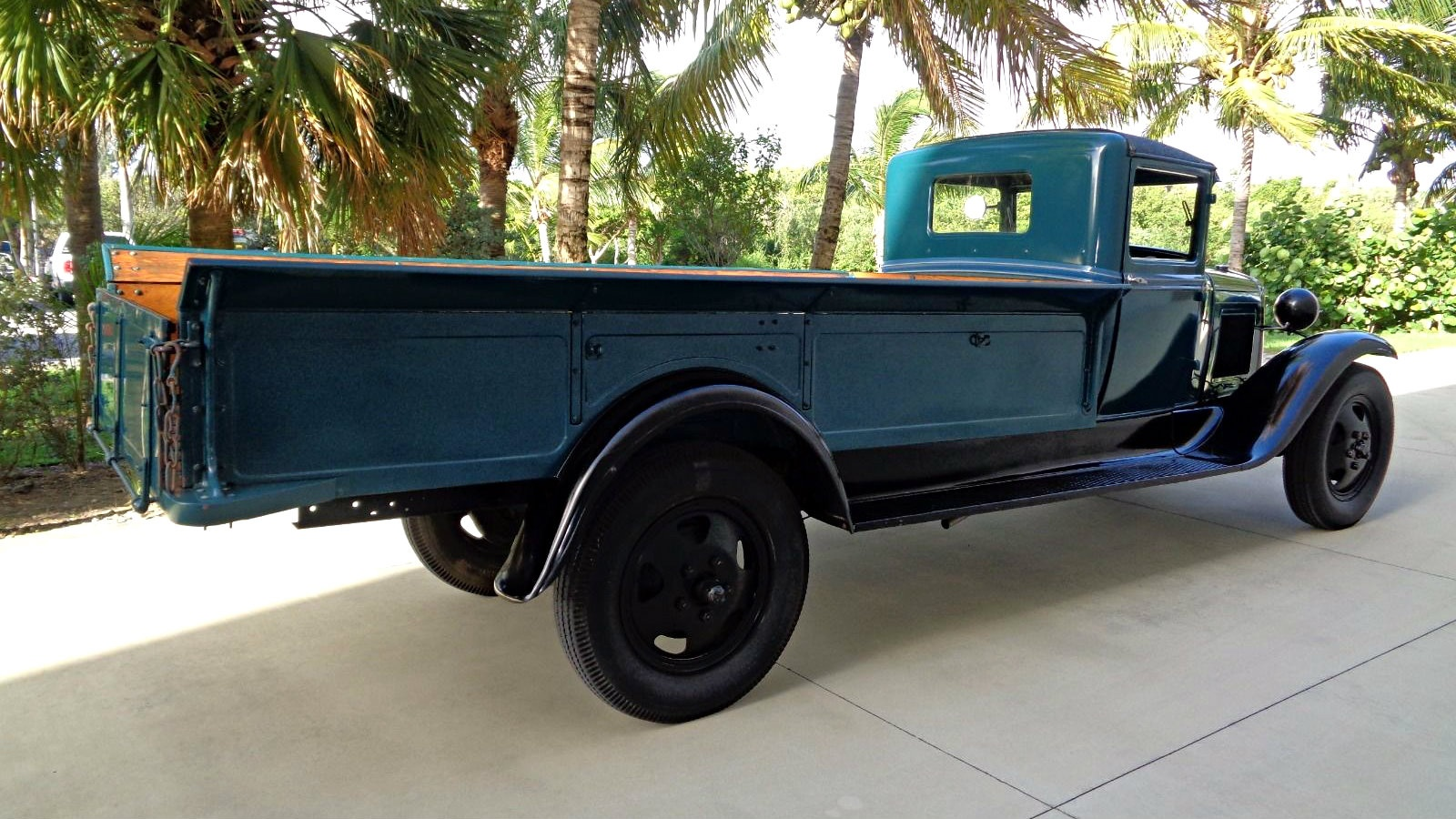 Looong Bed: 1931 Ford Model AA Express
