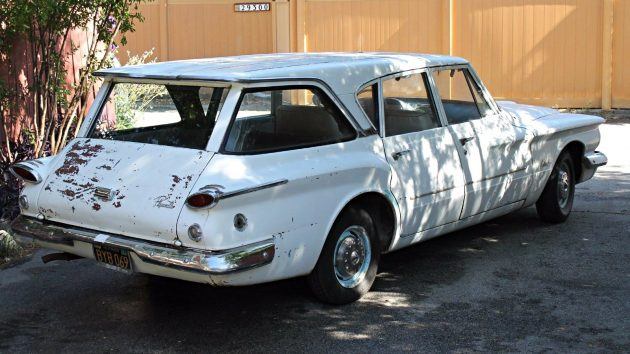Well Loved Wagon 1961 Plymouth Valiant Wagon