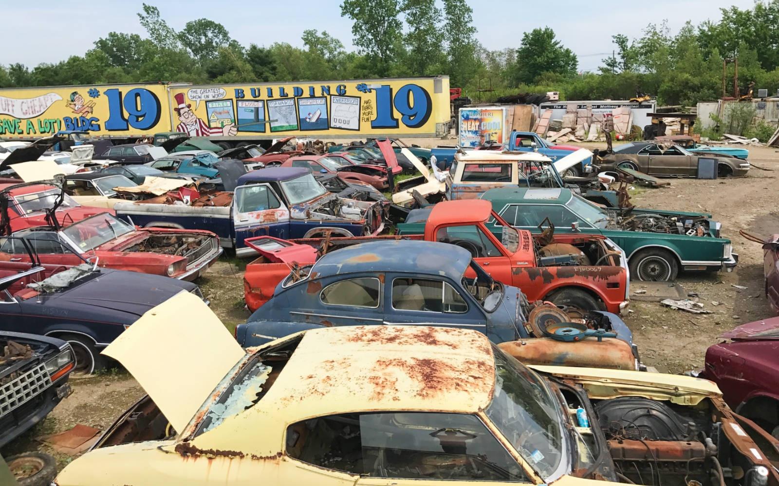 Michigan Junkyard Turns Up Some Buried Muscle Car Treasure ...  |Junk Yard