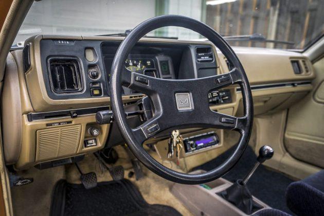 gold nugget 1980 honda prelude rh barnfinds com 1981 Honda Prelude 1975 Honda Prelude