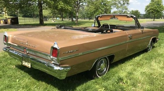 Introduced In 1961 As A Senior Compact The Cutl Was Only Car Of Gm S Compacts To Feature V8 Standard For 1963 Oldsmobile Restyled