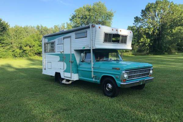 Retro Fun: 1968 Ford Pickup Custom Camper