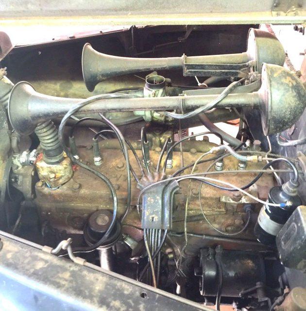 Seventy seven and original 1940 chrysler royal 4 door for Royal chrysler motors inc