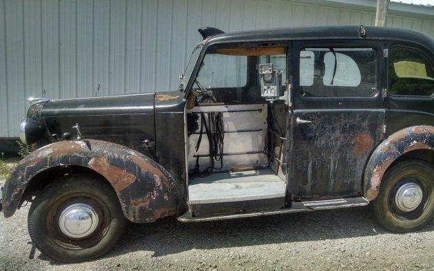 Uberific 1951 Austin FX3D London Black Cab