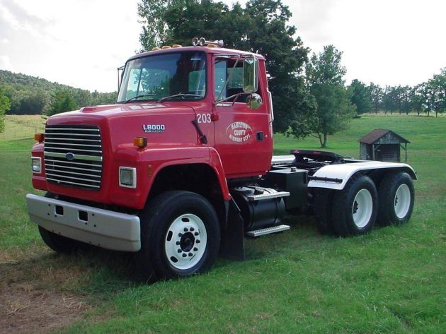 Low Mile Tandem Day Cab 1994 Ford L 8000 H D