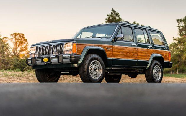Mini Wagoneer: 1992 Jeep Cherokee Briarwood