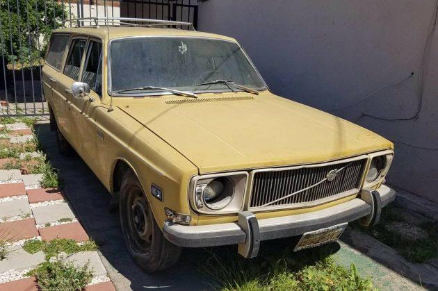 Angeleno Wagon: 1971 Volvo 145S
