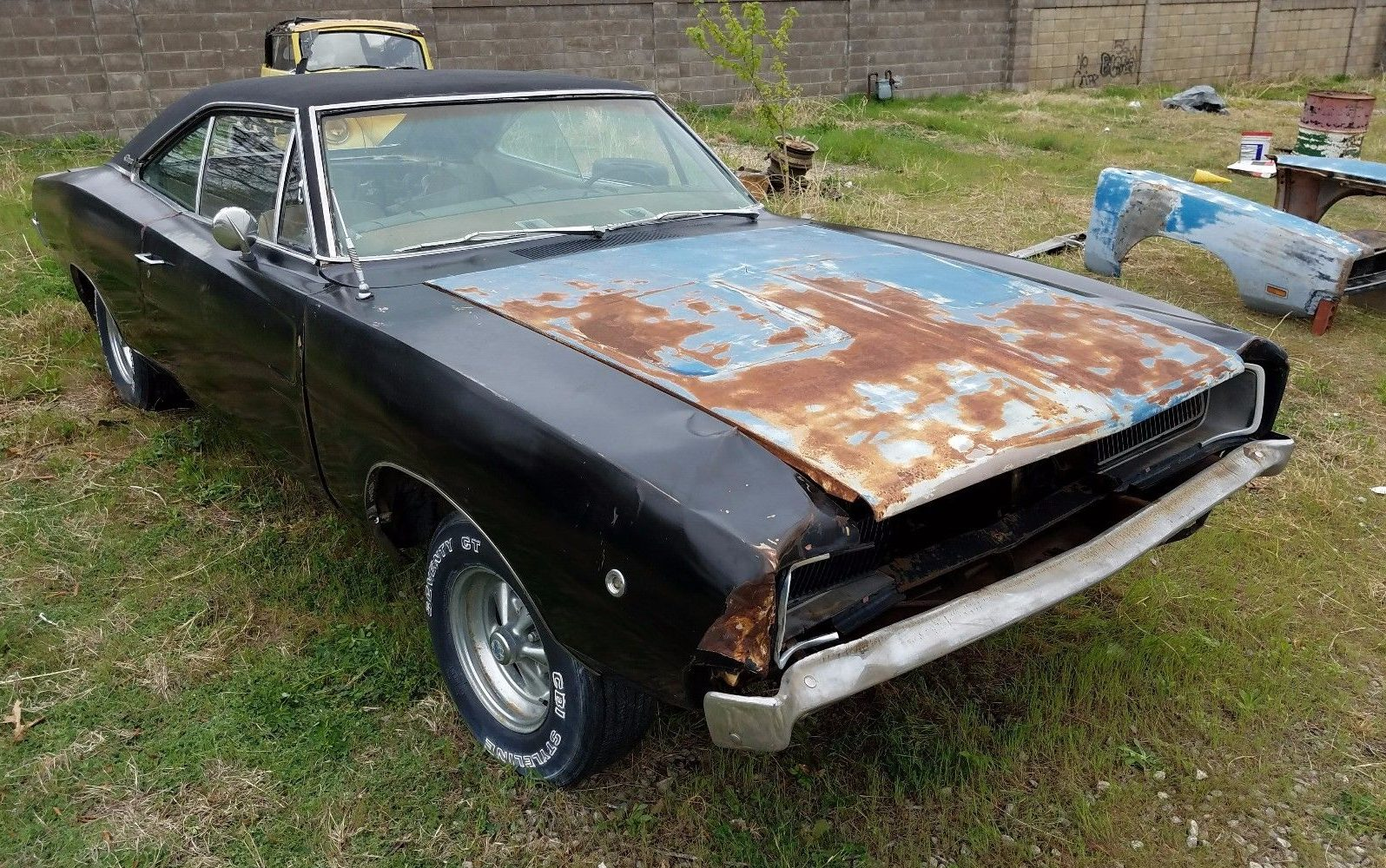 Column Shift 1968 Dodge Charger Project
