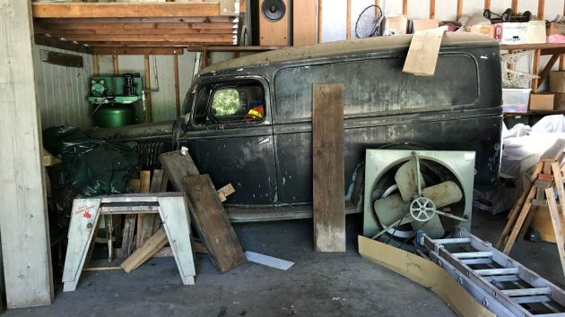 1-1/2! 1935 Ford Panel With Panel Trailer