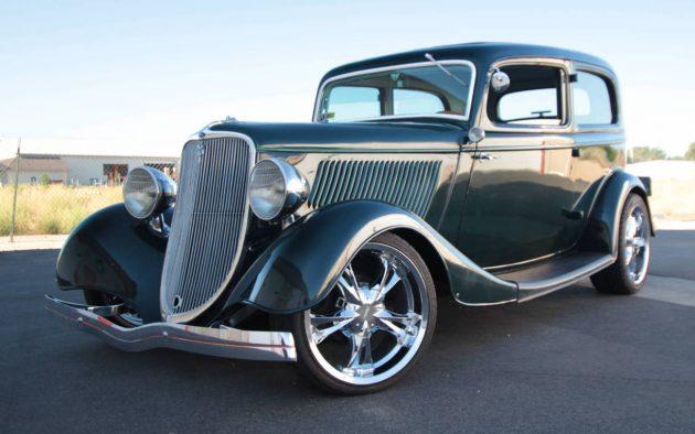No Reserve Rod: 1933 Ford Tudor Sedan