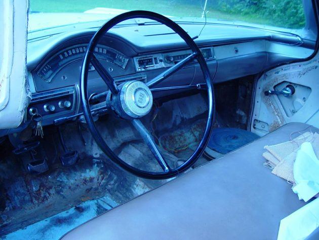 i wish i could say that i am impressed with the interior the dash and windshield appear to be in great condition and the seat seems to have been