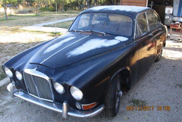 Idaho Barn Find:  1967 Jaguar 420