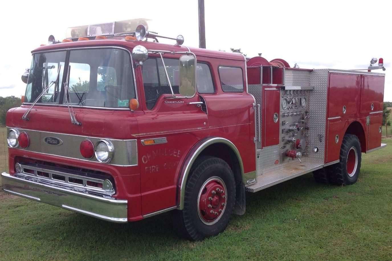 9/11 Tribute: 1980 Ford 8000 Pierce Fire Truck