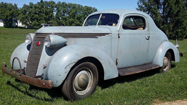 Deco Dictator: 1937 Studebaker
