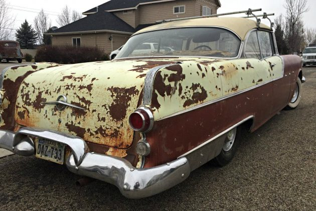 Affordable Hardtop 1955 Pontiac Chieftain