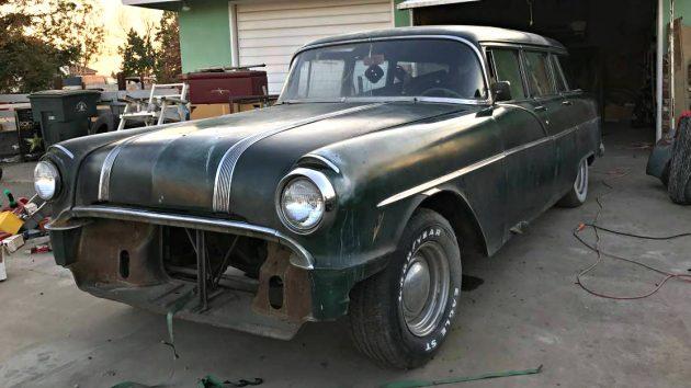 Restomod Potential: 1956 Pontiac Cheiftain Wagon