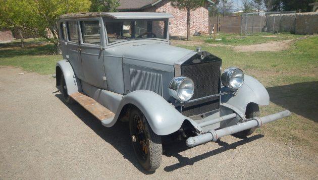 Runs But Needs Brakes: 1927 Elcar 8-80 Sedan