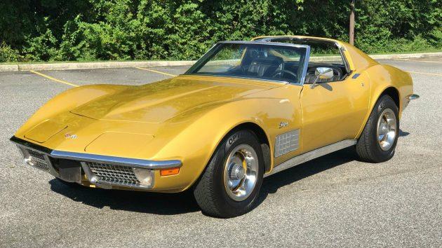 Golden Curves: 1971 Chevrolet Corvette