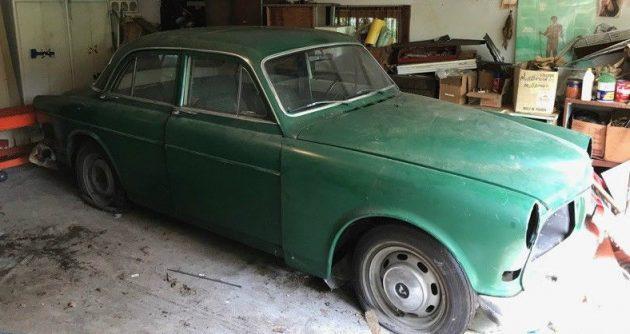 Estate Sale Find: 1967 Volvo 122