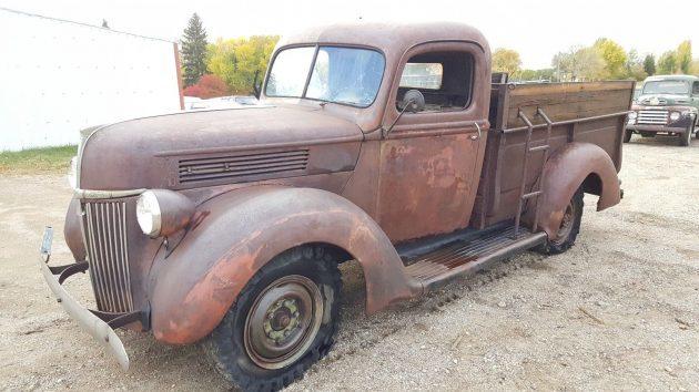 Big Beauty: 1940 Ford One Ton Pickup