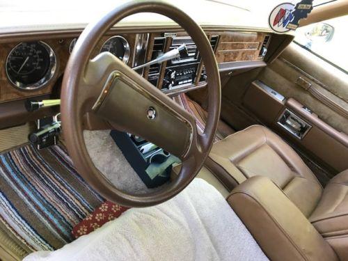 Buick Interior on 1989 Buick Lesabre Interior