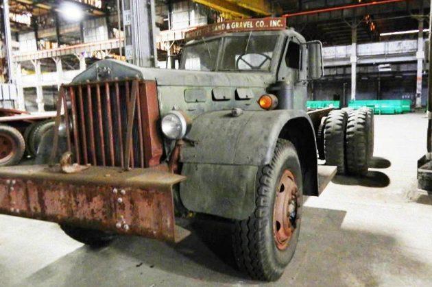 Navy Wrecker 1942 Sterling Chain Drive Truck