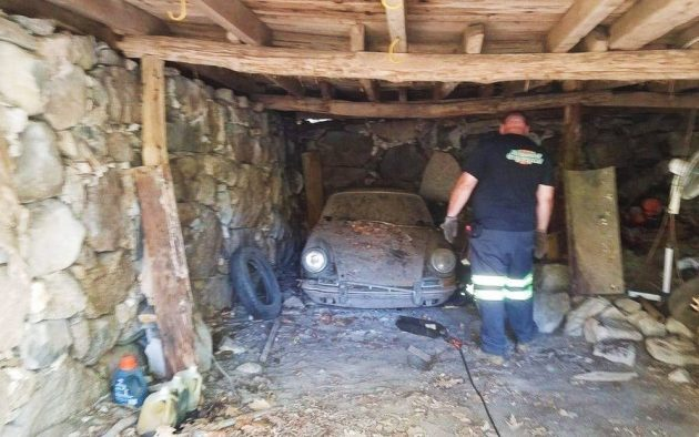 Found Under The Barn: 1967 Porsche 912