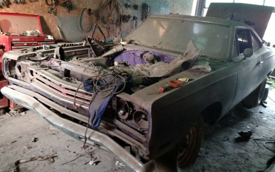 New York Barn Find 1969 Road Runner