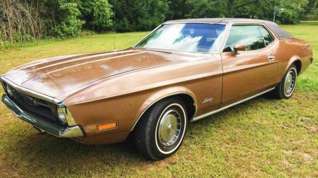 Big Horse: 1971 Mustang Grande