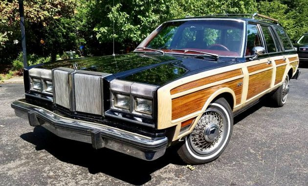 No Termites: 1981 Chrysler LeBaron Town & Country