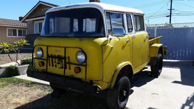 Rare Crew Cab: 1964 Jeep M677