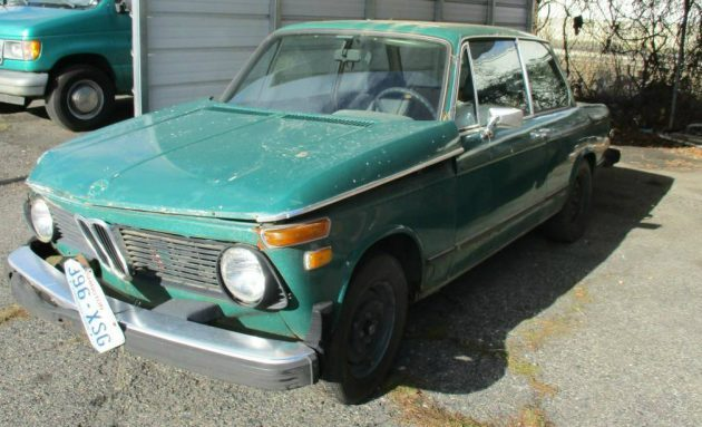 Sunroof and Jade: 1976 BMW 2002