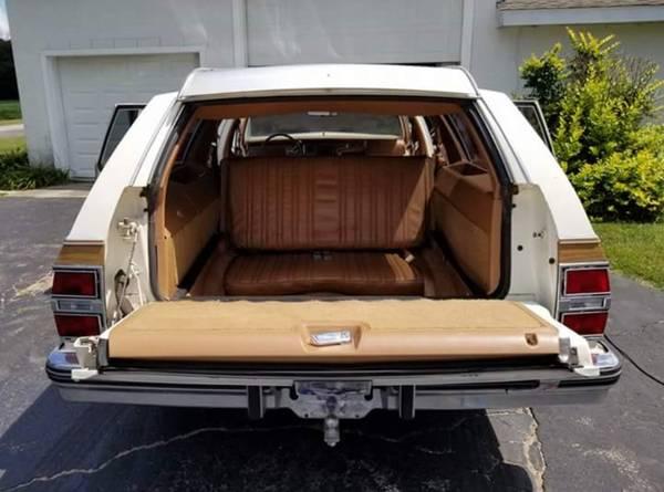 Extra Seating 1989 Buick Electra Estate Wagon