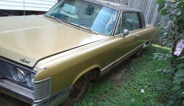 Mobile Director Equipped: 1968 Chrysler Imperial
