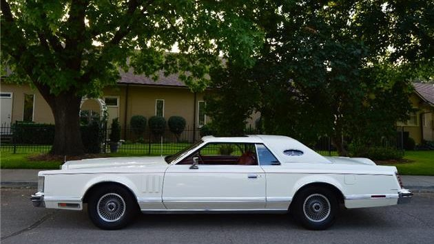 Pampered: 1978 Lincoln Continental Mark V