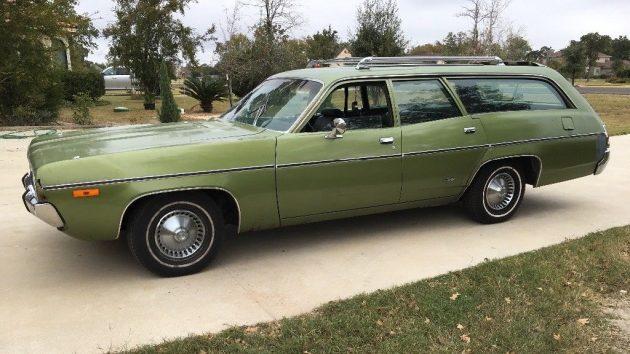 Outerspacious 1972 Plymouth Satellite Wagon